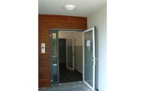 Drzwi zewnętrzne aluminiowe - Nowoczesny Dom Chodzież