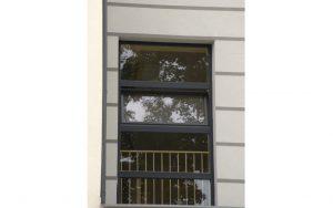 Drzwi zewnętrzne aluminiowe - Nowoczesny Dom Chodzież Ujska 1