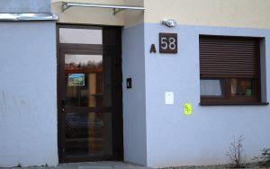 Drzwi zewnętrzne aluminiowe - Nowoczesny Dom Chodzież Ujska